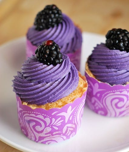 Gorgeous Purple Cupcakes - Simply Stacie