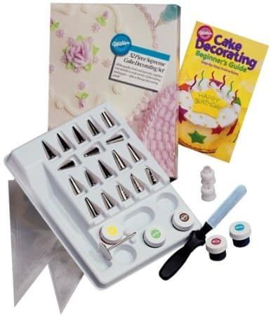 Wilton 53 Piece Supreme Cake Decorating Set
