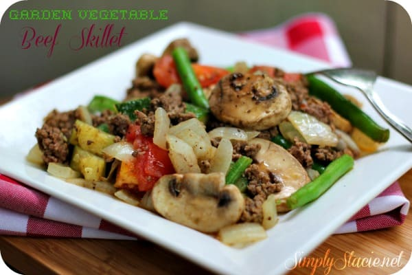Garden Vegetable Beef Skillet - a one pan meal made with fresh veggies, spices and ground beef!