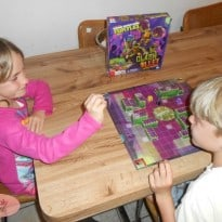 Teenage Mutant Ninja Turtles Clash Alley Board Game Review