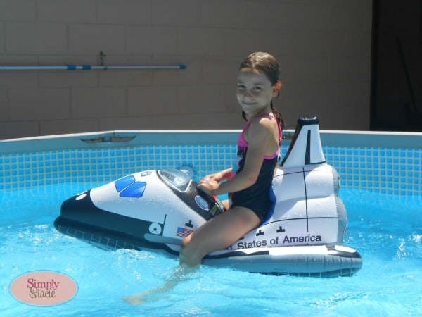 Aeromax Jr. Space Explorer Inflatable Space Shuttle Review