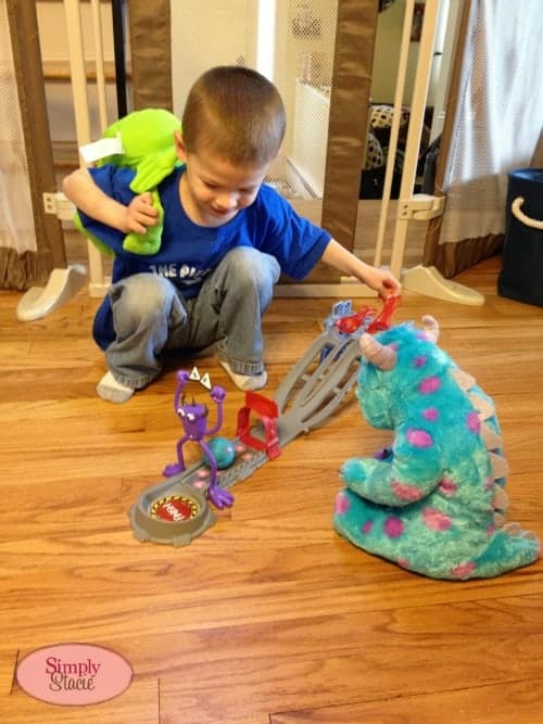 Monsters University Toys Review