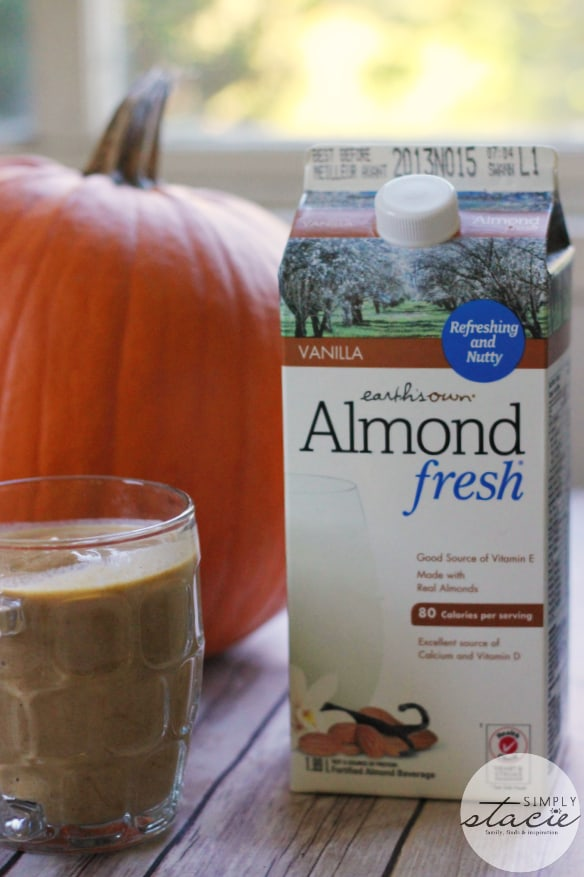 Pumpkin Pie Smoothie - Tastes just like the pie itself!