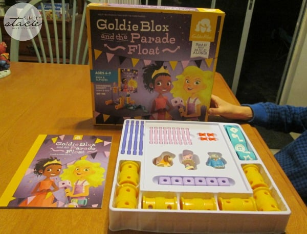 GoldieBlox and the Parade Float Toy Review