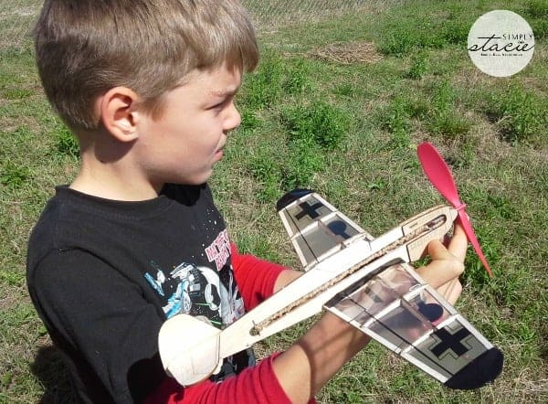 Guillow's Classic Balsa Toy Airplanes Review