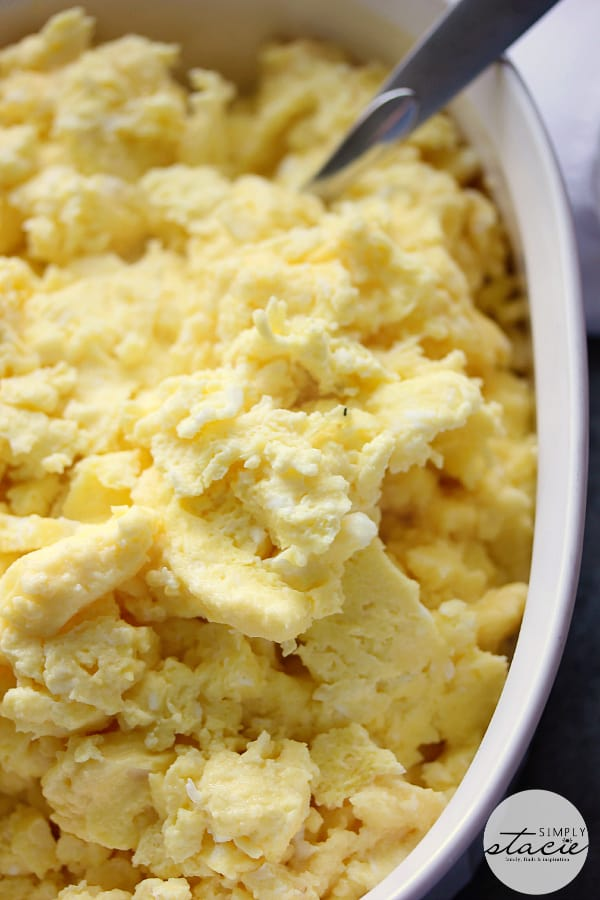 Oven Scrambled Eggs - the perfect guest breakfast!