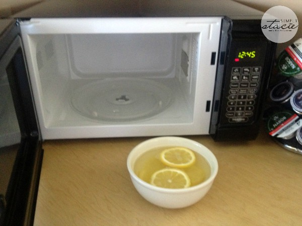 How To Clean Your Microwave Without Scrubbing Or Chemicals