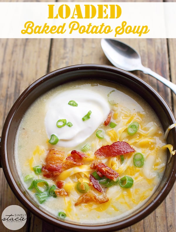 Loaded Baked Potato Soup -Your favorite side dish turned soup! This hearty soup recipe is loaded just like your favorite steakhouse — bacon, green onions, sour cream, and of course, cheese.