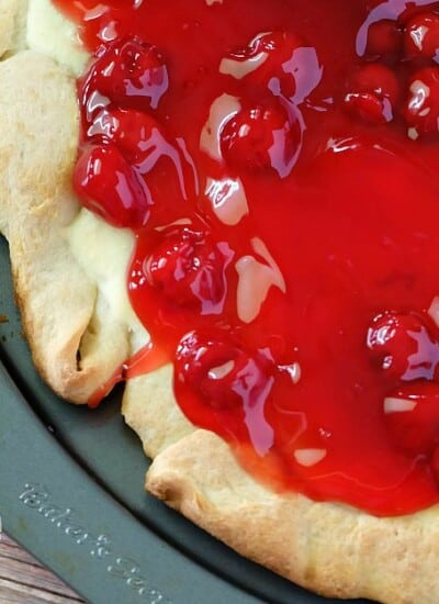 Cherry Cheesecake Pizza