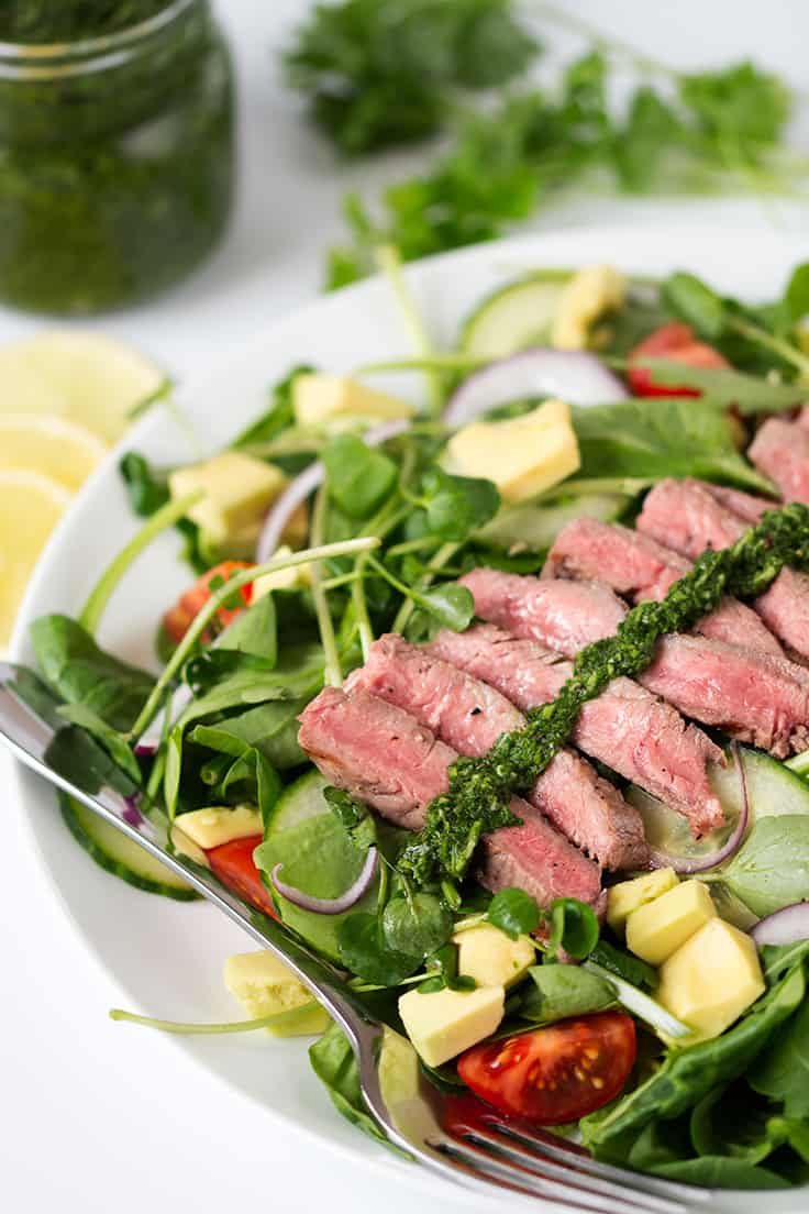 Chimichurri Steak Salad - Simple dinner recipe that is bright, healthy and light, but still packs a huge punch in the taste department!