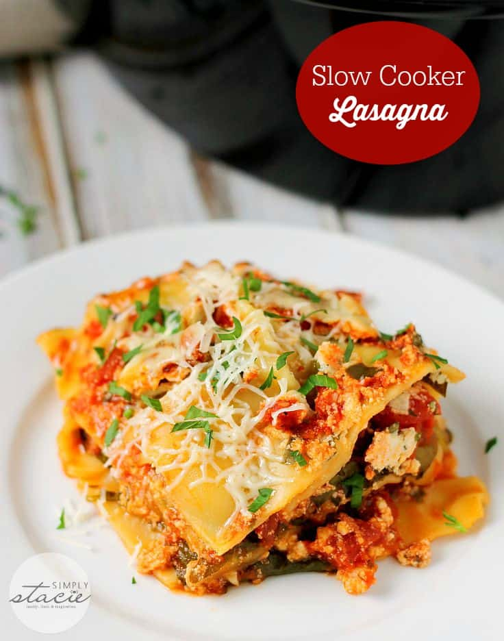 Slow Cooker Lasagna - Why spend hours slaving in the kitchen to make a lasagna when your slow cooker can do all the work? This lasagna recipe is easy to make and delicious!