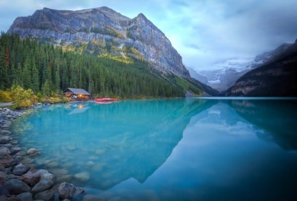 Destination_Signature_Lake_Louise_Boat_House_Summer_Paul_Zizka_3_Horizontal