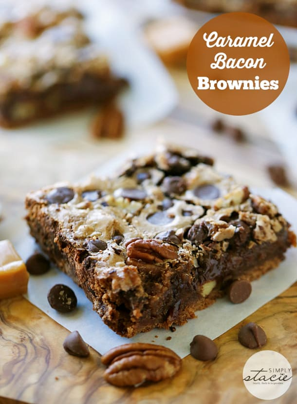 Caramel Bacon Brownies - Bacon for the win in this chocolatey treat! This dessert recipe is rich, sweet and easy to make.