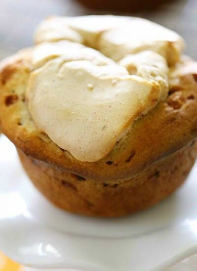 Cheesecake Stuffed Cinnamon Rolls #PAMCookingSpray