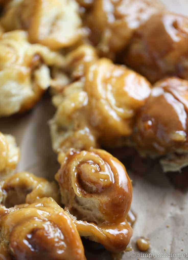 Mini Rum Butter Cinnamon Rolls