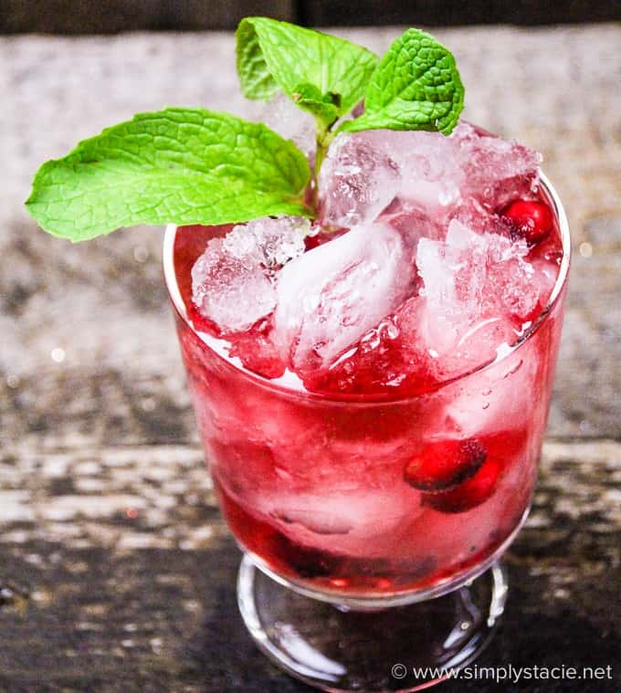 Cranberry Mint Mocktail - This mocktail is the perfect holiday party beverage! The red cranberries and green mint echo the colours of the season, with a sweet, refreshing and bubbly tang!