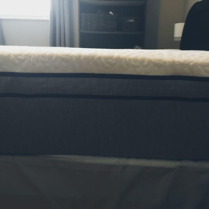 Sleep Comfortably with a Novosbed Luxury Mattress
