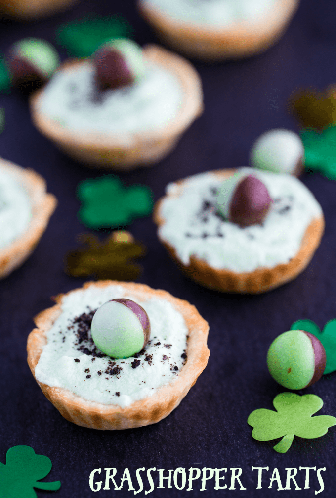 Grasshopper Tarts - Made for mint chocolate chip lovers! These adorable, minty mini tarts are perfect for St. Patrick's Day or a birthday.