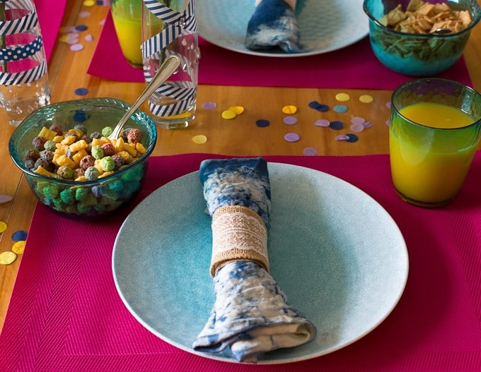 DIY Summer Themed Breakfast Table with Sally's Cereal - Get inspired and create a beautiful spread for your family with a few simple DIY tricks.
