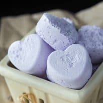 lavender bath bombs text