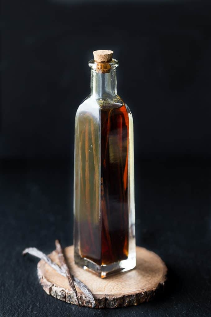 Homemade Vanilla Extract - You will not believe how easy it is to make. Only two ingredients!