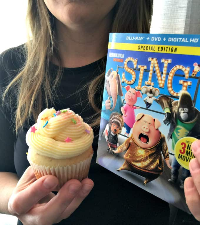 SING Inspired Cupcakes - Sweet vanilla cupcakes with a star surprise inside and topped with a smooth vanilla buttercream. Make a batch for your next family movie night to go with the movie, SING!