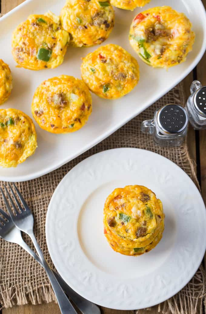 Spicy Egg Muffins - Prepare for a flavour explosion! This bite-sized breakfast packs a spicy punch and is super easy to whip up.