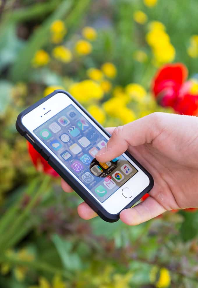 mobile phone and phone etiquette transition From suster's description, it's prep like how reporters do phone interviews:   once the banter buffer has been built, transition to the matter at.