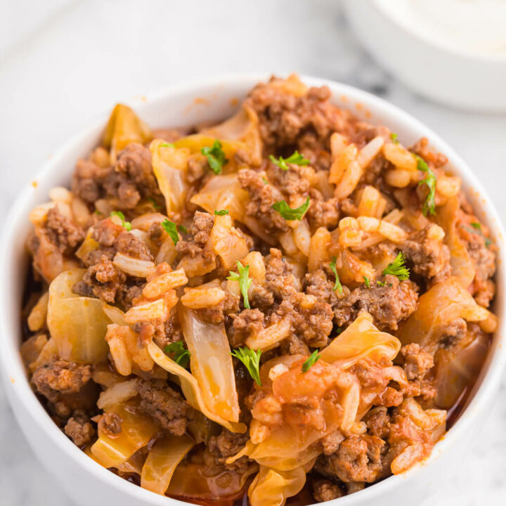 Cabbage Roll Casserole - Cabbage rolls are delicious....but so much work! This casserole has all the flavours you love from cabbage rolls with way less work!
