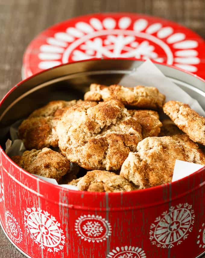 Snickerdoodles - These Christmas cookies will be an instant hit this holiday season!