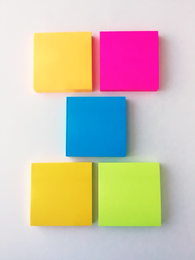 30 Day Cleaning Challenge - Get your home ready for the new year with this simple challenge made with Post-It ® Notes!