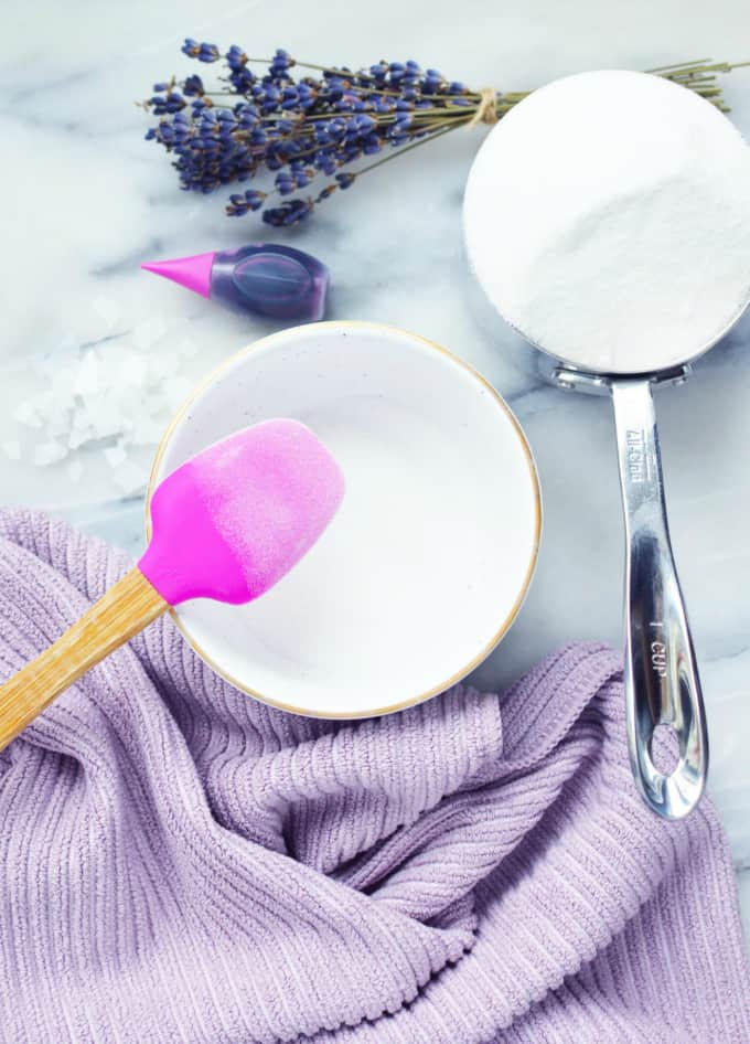 Lavender & Magnesium Soak - Soothe away your stress after a long day with this simple DIY beauty recipe.