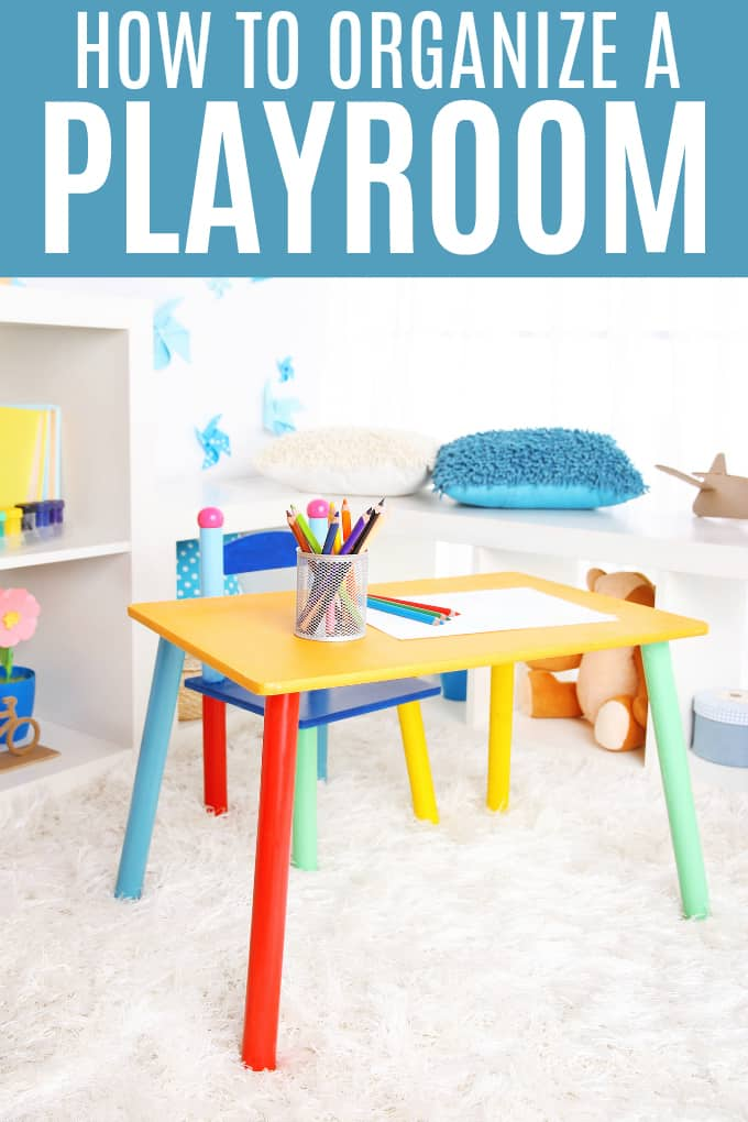 How to Organize a Playroom - Get ideas to create an organized space for your kids to play!