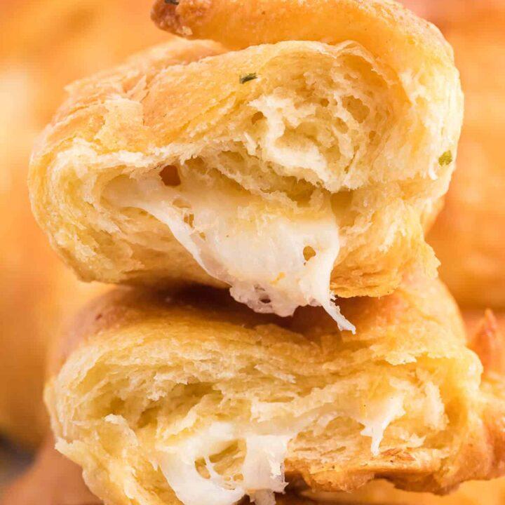 Air Fryer Garlic Cheese Stuffed Crescent Rolls Recipe